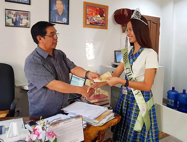 The newly crowned Mutya ng Midsayap-Charity 2019, Ms. Jessa Mae Caampuid, a Grade 11 student, paid a courtesy call to the President, Dr. Edwin Balaki.